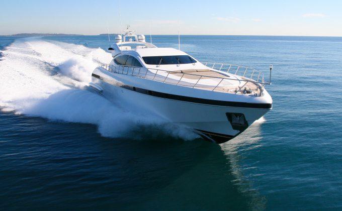 Retos Italia - vetroresina per Yacht